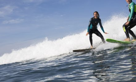 Sofa to Surf: Travel Guide Edition 1