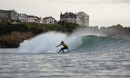 Pauline Ado wins ISA World Surf Games